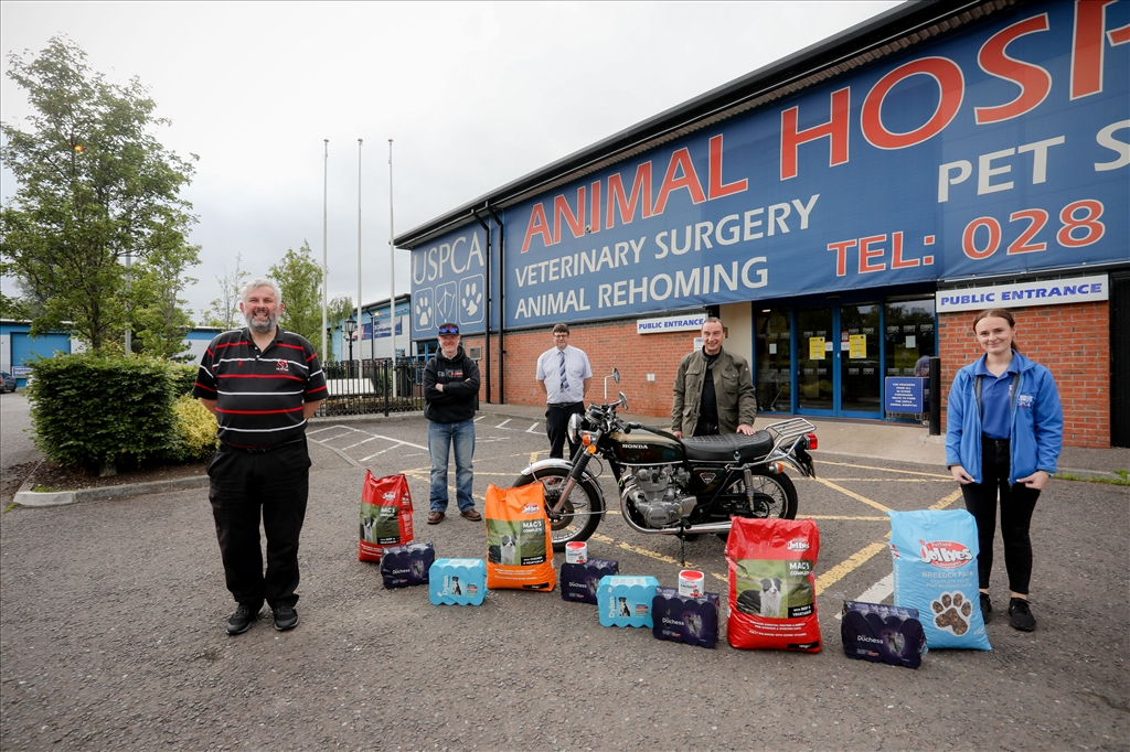 Rathfriland Motorcycle Club Donates 500kg of Pet Food